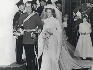 royal weddings century history british royal family princess anne and mark phillips