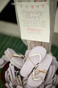 howell manor, lincolnshire wedding venue, dancing shoes, flip flops